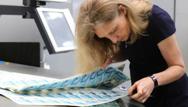 RNIB - Developing accessible bank notes with the Bank of England